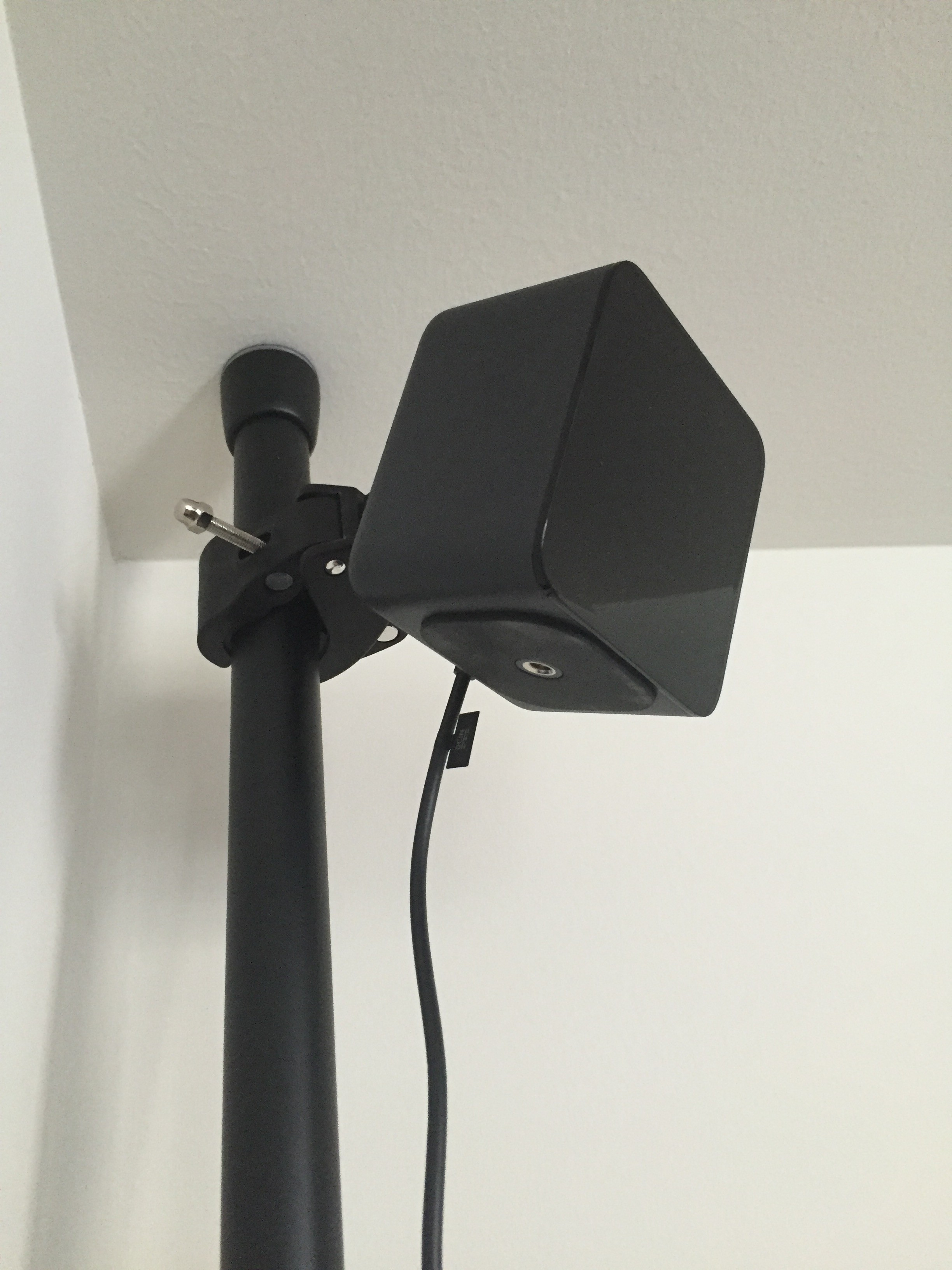 Guide To Mounting Oculus Touch Cameras